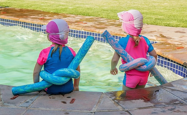 8 Ways to Keep Kids Safe at the Pool