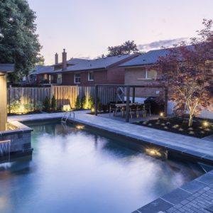building vinyl pools