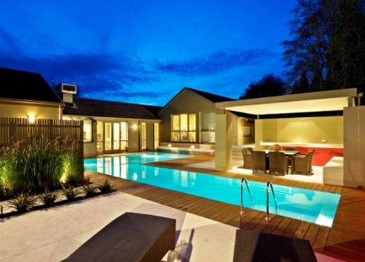 How to Choose the Best Local Pool Builder